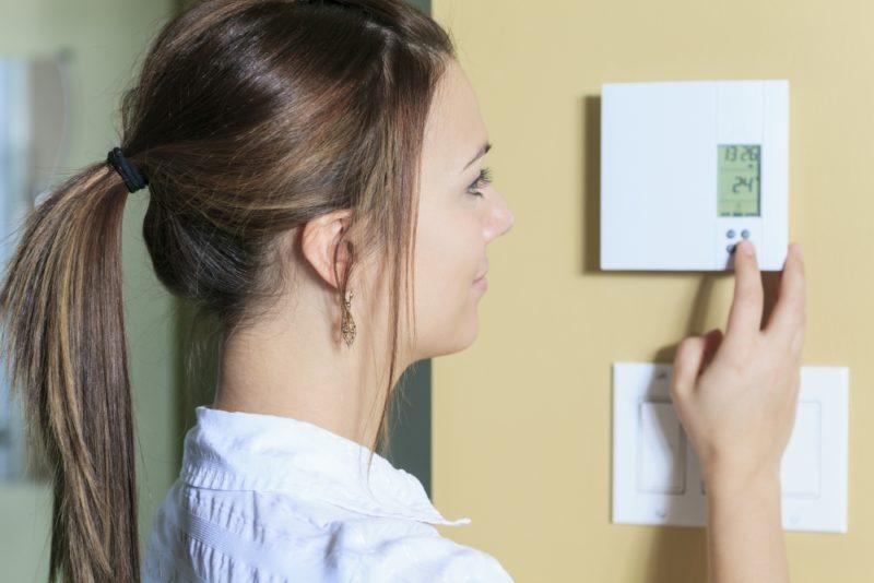¿Cómo funciona un termostato de calefacción central?